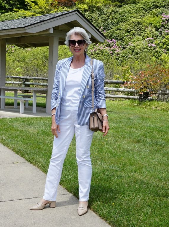 A Scenic Drive Outfit - Susan Street